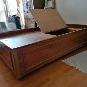 Ντιβανοκρέβατο, Κρεβάτι - ντιβάνι αντίκα, μασίφ ξύλο