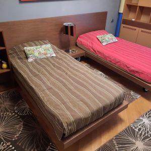 Σύνθεση εφηβικού δωματίου - ξενώνα