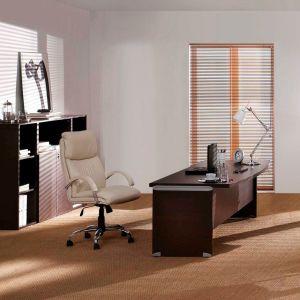 Διευθυντικό γραφείο , προέκταση και Τροχήλατη συρταροθήκη