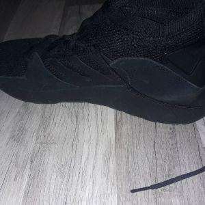 adidas sneakers questar strike original,ΚΑΙΝΟΥΡΙΑ