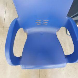 2 Επαγγελματικές καρέκλες προπυλενίου κατάλληλες για καταστήματα