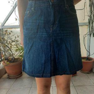 Υπέροχης ποιότητας τζιν φούστα