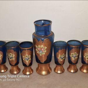 Μπλε ποτηρια και κανάτα vintage με χρυσό φινίρισμα και ζωγραφιά,  εποχής 1950,
