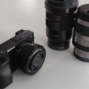 Sony a6300 μαζί με 2 φακούς και εξτρα