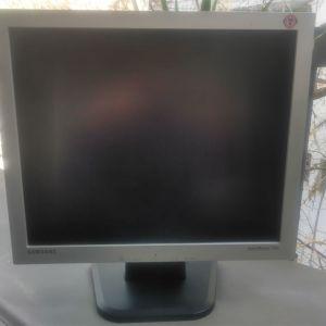 SAMSUNG SyncMaster 710v