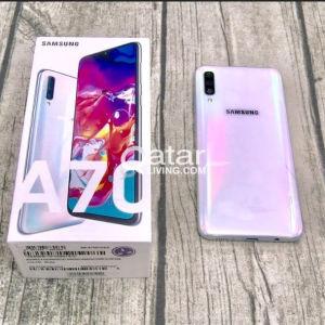 Samsung a70 white