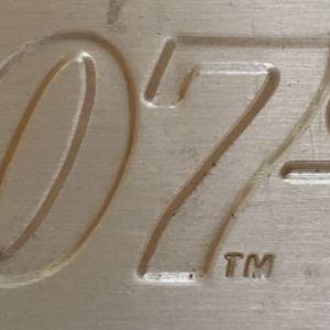 James Bond L.E.D. 20x2 Dvd  (ΣΦΡΑΓΙΣΜΕΝΑ!!!) in Metal Suitcase