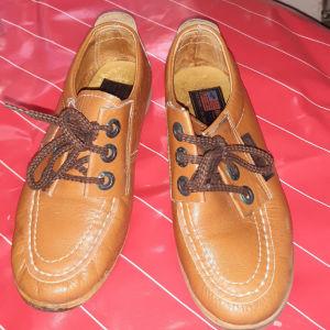 δερματινα παιδικα παπουτσια Νο32 λιγο φορεμενα
