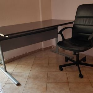 Γραφείο και καρέκλα ΙΚΕΑ