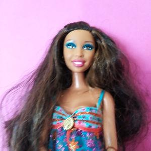 Barbie fashionistas Artsy Swappin stylesin the spotlight