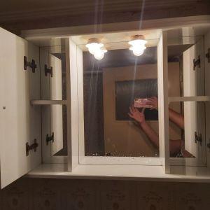 Νιπτήρας μπάνιου και καθρεφτης