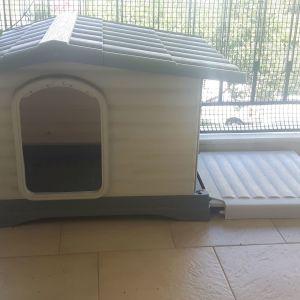Σπιτάκι + Στρώμα σκύλου (Σπιτάκι πλαστικό Ferplast Dogvilla 70 (73*59*53) +  Ferplast Jolly Στρώμα)