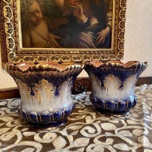 Δύο πανέμορφα γνήσια και πολύ παλιά κασπο φαγιανς Σε υπέροχες αποχρώσεις του μπλε και του χρυσού.Αυθεντικές αντίκες μοναδικής ομορφιάς