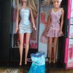 Barbie ντουλαπα με 2 Barbie και ενα φορεμα Α