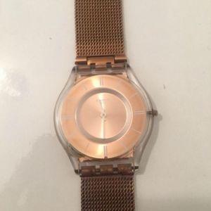 Ρολόι χειρός γυναικείο swatch