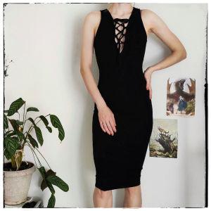 [ ΦΟΡΕΜΑ ] Μαύρο Μίντι Φόρεμα [ small ]    Black midi dress