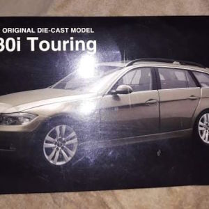 BMW 330i TOURING / KYOSHO /  1:18 / DIECAST