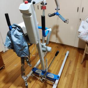 ηλεκτρικό αναπηρικό γερανός