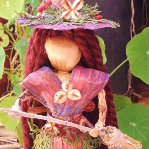 Μάγισσα Κούκλα χειροποίητη, φέρνει Καλή Τύχη, με φυσικά υλικά από φύλλα μπανάνας witch corn dolly