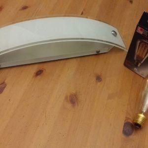 Μοντέρνο γυάλινο φωτιστικό-απλικα+ λαμπα Έντισον