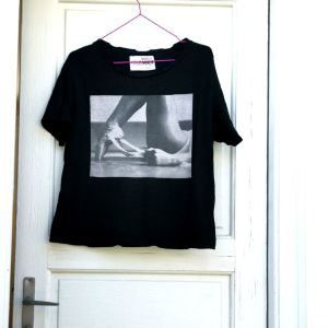 Μπλουζάκι μαύρο με στάμπα!!!