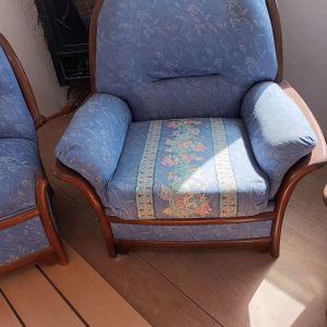 Τριθεσιος καναπές με 2 πολυθρόνες