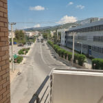 ΕΝΟΙΚΙΆΖΕΤΑΙ ΓΡΑΦΕΊΟ ΣΤΟΝ ΓΈΡΑΚΑ 2ου ορόφου σε κεντρικό δρόμο ευάερο και ευήλιο