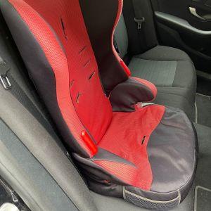 Παιδικό κάθισμα αυτοκινήτου BEBE COMFORT σε κόκκινο χρώμα