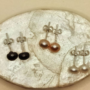 Ασημένια σκουλαρίκια με αληθινά μαργαριτάρια