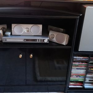 PHILIPS DVD HOME CINEMA THEATER SYSTEM LX3600D / 22 .