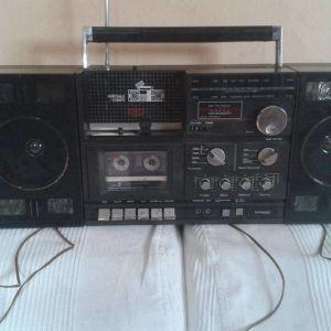 hitacki n 1800 radio cassette recorder