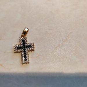 καινούριος χρυσός σταυρός