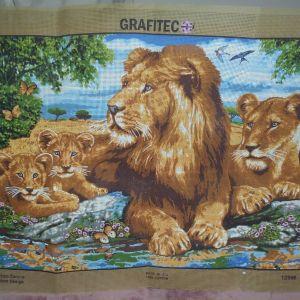 Οικογένεια λιονταριών τυπωμένος πίνακας σε καμβά για κέντημα