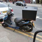 FALCON 50  Η λιμουζίνα των 50 κ.εκ.  Επιτρέπεται η οδήγηση μοτο με δίπλωμα αυτοκινήτου για οδηγούς άνω 27 ετών