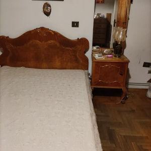 κρεβάτι διπλό κομοδίνο ντουλάπα