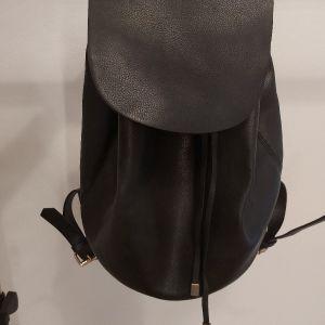 backpack μαύρο