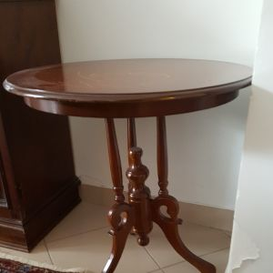 Tραπέζι βοηθητικό λάμπας στρογγυλό χαμηλό από μαόνι χειροποίητο Χατζηϊωαννίδη