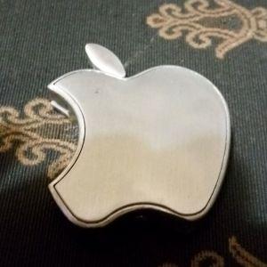 Αναπτηρας Apple Μεταλλικος Ασημενιος