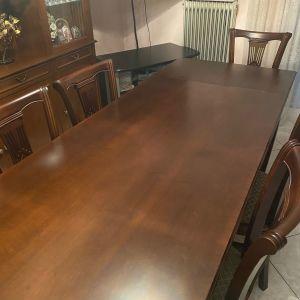 Επεκτεινόμενη τραπεζαρία και 6 καρέκλες