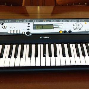 Αρμόνιο Yamaha DEMO PSR-E213 - 61-Key Portable Keyboard.