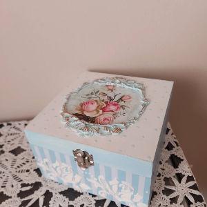 Ξυλινο κουτι