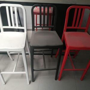 Καρέκλες αλουμινίου ψιλές BAR  σε αρίστη κατάσταση   μαύρες 11 κόκκινες 4 λευκές 2