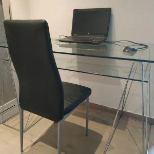 Γραφείο γυάλινο minimal