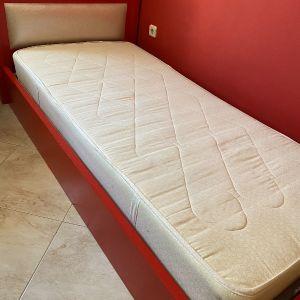 Κρεβάτι μονό με τάβλες και στρώμα