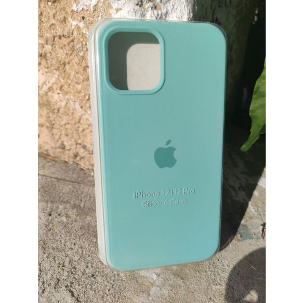 New. Original OFFICIAL Apple thikes silikonis gia IPhone 12 / 12 Pro