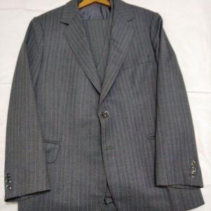 Κοστούμι γκρι ριγέ