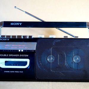 Ραδιοκασετόφωνο Sony (μικρό μέγεθος)