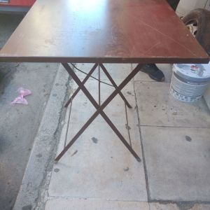 Τραπέζι μπαλκονιού
