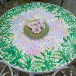 Τραπέζι - ροτόντα πλαστικό μαζί με 4 καρέκλες φερ φορζε