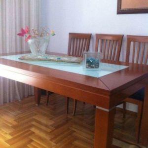 Τραπεζαρία απο ξυλο καστανιας με 6 καρέκλες